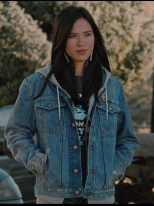 kelsey-asbille-yellowstone-blue-jacket