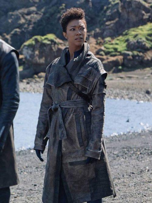 star-trek-discovery-sonequa-martin-green-leather-coat